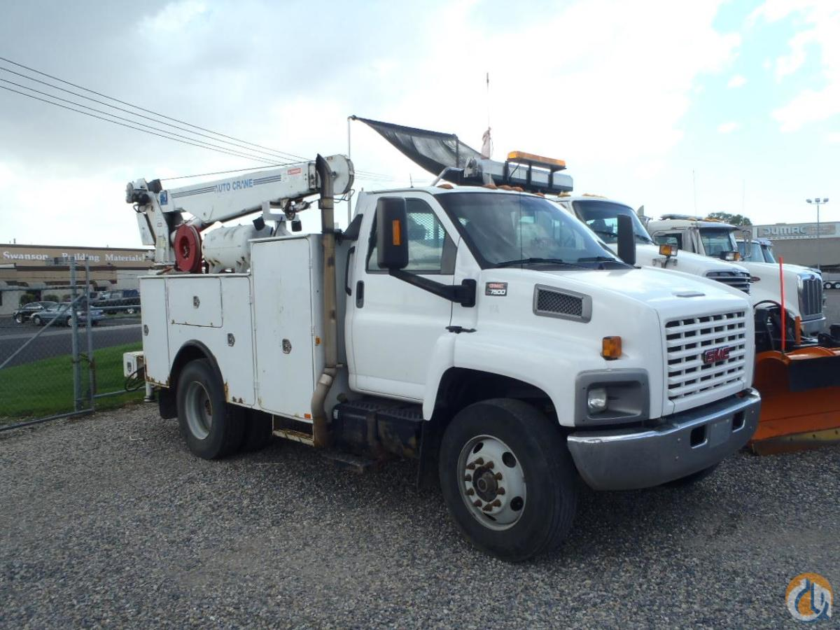 2007 GMC FL80 Service  Utility Trucks GMC TOPKICK C7500 Equipment Sales Inc. 18217 on CraneNetwork.com